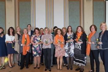 Die Mitglieder des Zonta Clubs Potsdam nach der feierlichen Aufnahme
