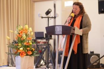 Die Gründungspräsidentin des ZC Potsdams, Petra Rauschenbach eröffnet den Festakt am 14. April 2018